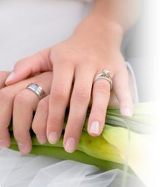 wedding rings, wedding hands, rings, weddings, vancouver weddings